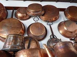 Copper pans hanging, best cookware brands